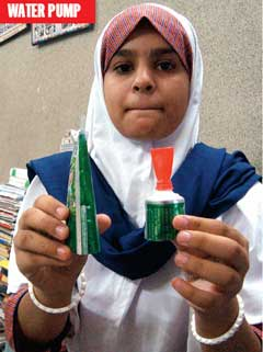 Swaleha pathan juhapura muslim students design scientific for Models on best out of waste