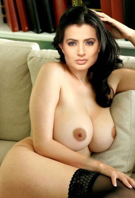 Amisha Patel  Nude Hot Boobs and Pussy